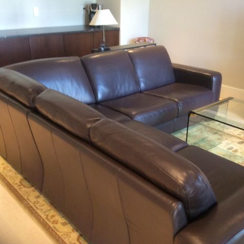 Picture of leather sectional after Rub n Restore refinishing